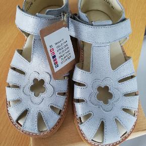 Helt nye Arauto Rap sandaler str 31