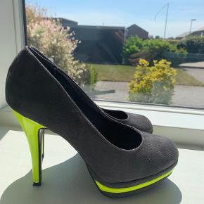 Diva Catwalk heels