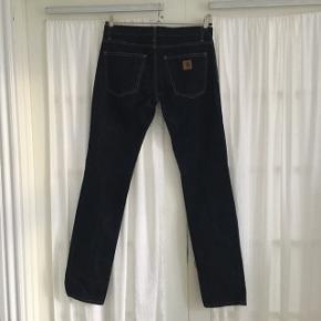Carhartt Jeans Str 29x34 Aldrig brugt BYD gerne Kan afhentes på Nørrebro eller sendes(køber betaler fragt)