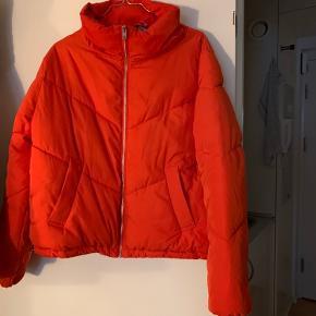 Sælger denne skønne overgangsjakke, som jeg kun har brugt en sæson.