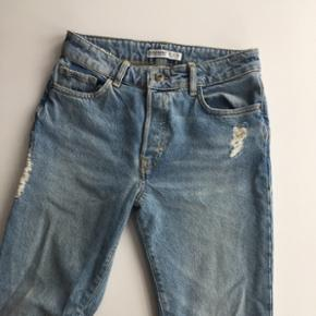 Super fede Zara jeans - aldrig brugt, da de er for store til mig.  Str 36