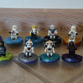 Lego Ninjago Spinnere som nye, brugt meget lidt. Prisen er pr. stk. Køber betaler porto.