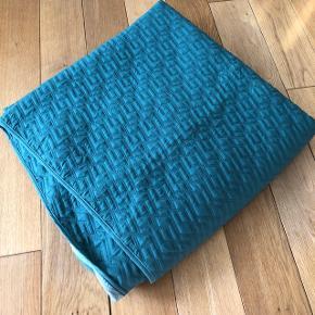 grønt sengetæppe - passer til en seng på 180x200
