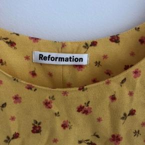 Kjole fra reformation  Str 0  Passer xs/s