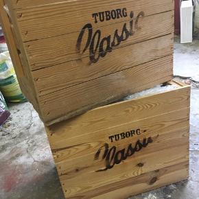 Flotte gamle ølkasser med Tuborg Classic.  I perfekt stand.  2 stk sælges samlet.