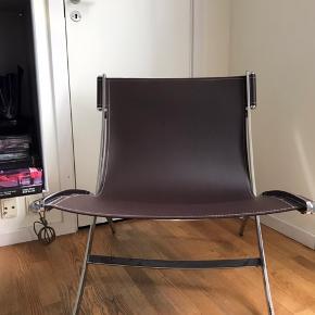 Fin safaristol - brunt læder og stål ben - lækker og nem at sidde i - sælges pga pladsmangel