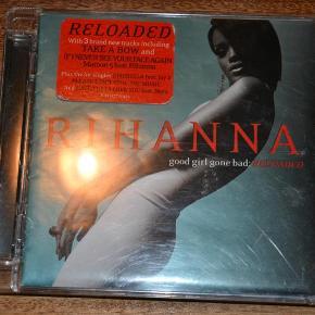 CD med populære Rihanna. Ingen ridser eller lignende. Se også mine øvrige annoncer. Bytter ikke. (LT)