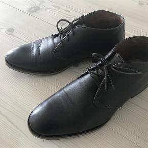 fb5906851ae Varetype: Herre sko Farve: Brun Oprindelig købspris: 1000 kr. Selected  støvler m
