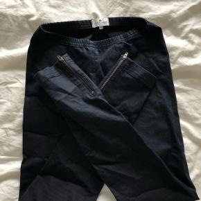 Lækre bukse tights fra Little remix. Str 14 år :)