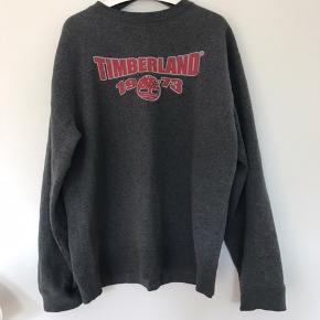 Timberland Sweater  Cool design, godt forret  Pæn stand  Størrelse XL   Skriv gerne for flere informationer eller mængderabat.