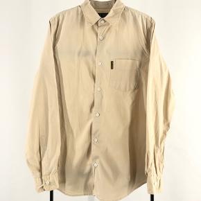 Armani skjorte Str L Cond 8-9 Mp 199 Bin 349