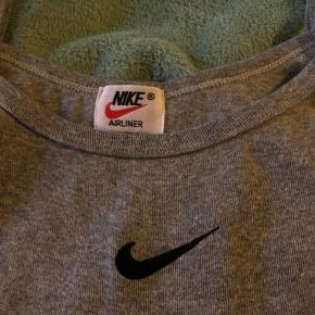 Nike top, rigtig fin stand