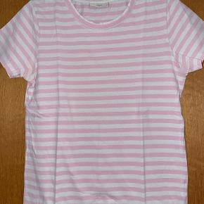 Minimum t-shirt