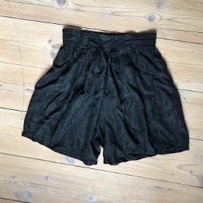One Vintage shorts