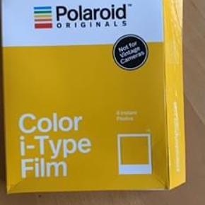 Passer til de lidt ældre polaroids. 8 photos. Fejlkøb