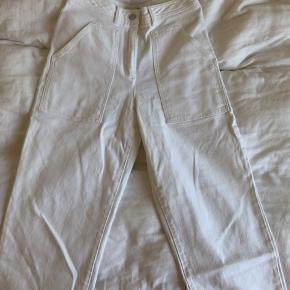 Aritzia jeans