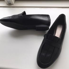 Smukke tamaris skind loafers, sælges kun da de desværre er for små til mig