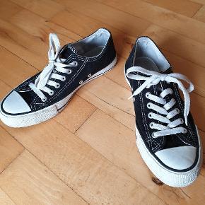 New Yorker sneakers