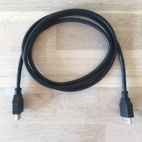 Sort HDMI kabel. 1,5 meter.  Se også mine andre annoncer.