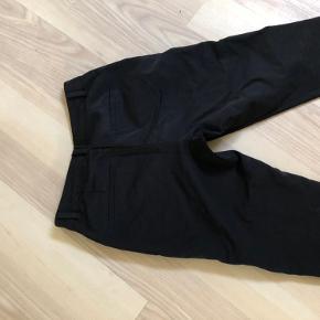 S/32 rigtig fine habit bukser i sort💜