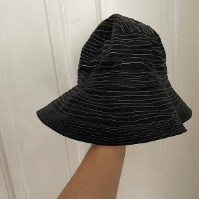 Søstjernen hat & hue
