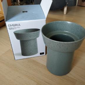 Kähler ombria vase H20 i granitgrøn Helt ny, har aldrig været brugt.