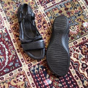 Fine sandaler fra Ecco - brugt få Gange