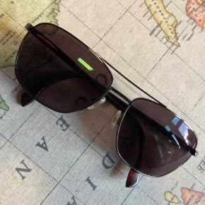 Super flotte solbriller fra Timberland.  Brug en enkelt gang.
