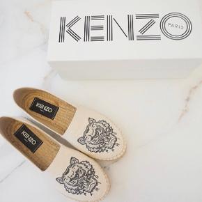 KENZO flats