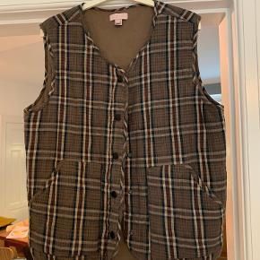 Ellies and Ivy vest