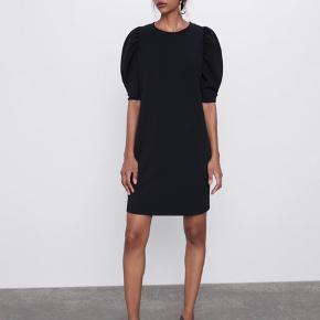 Zara kjole. Passer str. L.