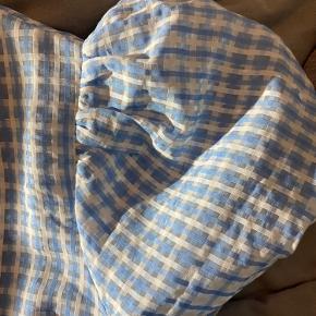 Sælger denne trøje fra pieces. Den er helt ny, og stadig med prismærke.