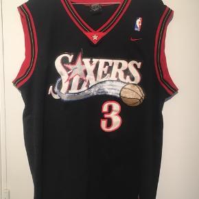Gammel Philadelphia 76ers trøje med Allen Iverson #3.