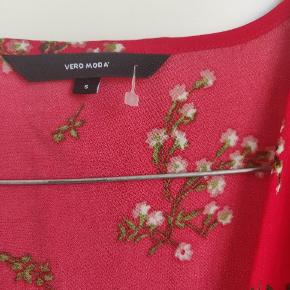 Smuk bluse fra vero moda  #secondchancesummer