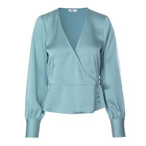 Lækreste bluse fra Envii 🦄  Aldrig brugt og stadig med tags  Nypris er 450