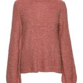 Lækker sweater fra Vila.  Brugt en enkelt gang.  Fejlkøb 🌸