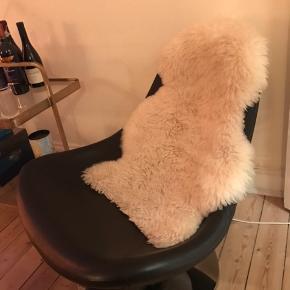 IKEA lænestol. Afhentes på Østerbro