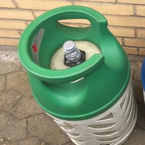 Gasflaske 10 kg. Letvægtsflaske, fyldt og blomberet