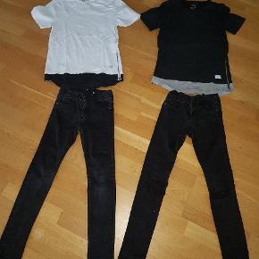 Fedt drengetøj størrelse 9 til 11 år   2 fedt T-shirts fra hound ned lynlås 140   2 par jeans slim kan justeres i livet 146  det ene par med huller  Sælges samlet for kun 150 kr  afhentning på adressen i Hvidovre   Eller sender med Dao for 38 kr