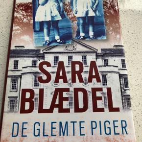 De glemte piger  Super god bog 315 sider bogen et indbundet  Se alle de andre bøger af Sara Blædel og Julie Hastrup under mine annoncer