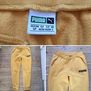 Sweatpants fra PUMA i str. SMALL. Brugt få gange.