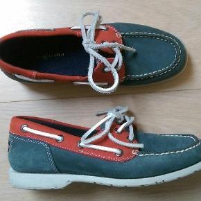 07ab15579e9 Mærke: Henri Lloyd Blå og røde sejlersko Flade sko Sommersko i stil med  Sebago Str