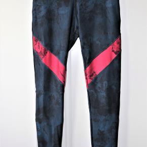 Desigual bukser & tights