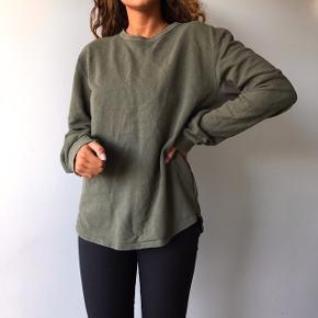 Super lækker løs sweater fra Samsøe & Samsøe 💖💗 HUSK gratis fragt idag & imorgen