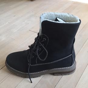 Snørestøvle - kun brugt en gang (fejlkøb)