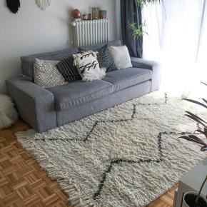 Tapis style Berbère La Redoute/AM.PM 100% laine. 160x230cm. En bon état mais mériterai un bon nettoyage professionnel. Prix d'achat: 439chf