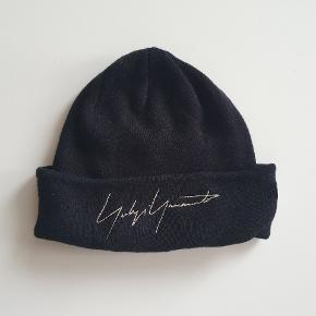 Yohji Yamamoto hue & hat