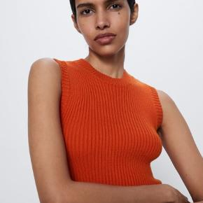 Smukkeste og blødeste top fra Zara. Aldrig brugt.