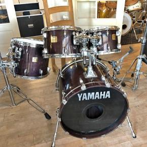 Yamaha Maple Custom Absolute  Dejligt trommesæt sælges  20, 10x8, 12x8 og 14x12, Plum Maple