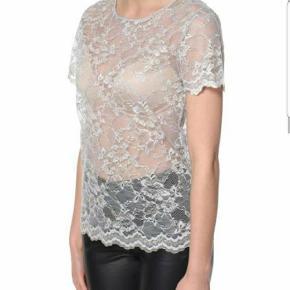 Erbs Denmark Blonde tshirt Str 38  94% polyamid>br>6% elasthan  Stadig med prismærke  Np 399 Fast mp.